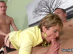 Adulterous english mature lady sonia flaunts her massive naturals