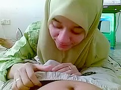 malay hijabi gives blowjob and rimjob