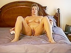 Mature slut ann fucking herself yet again