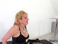 Unfaithful uk mature lady sonia flaunts her massive boobies