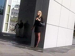 Business woman on a coffee break