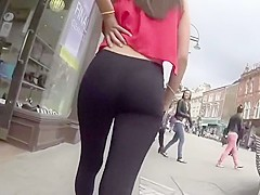 Following a distracted girl on the street