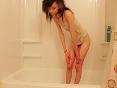 Skinny webcam girl in the bath