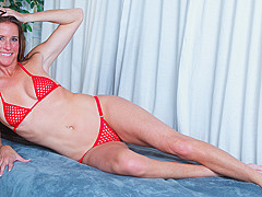 Sofie Marie in Tight Body Milf - Anilos