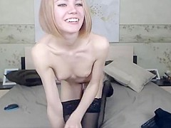 Xsmall girl fucks her pussy and ass on cam