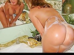 Milf bubble bath part 2