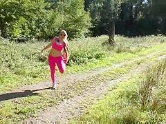 Beim Joggen uberrascht! (Outdoor)