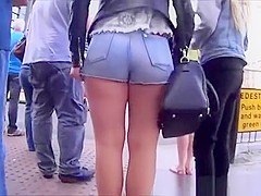 Chubby teen ass in tight jeans shorts