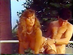 Double Game 2 - Porno Giochi di Donne in Calore