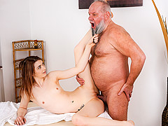 Tera Link & Albert in Let Grandpa Massage You - 21Sextreme