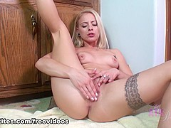Hottest pornstar Cameron Canada in Fabulous Blonde, Masturbation adult movie