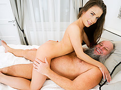 Anita Bellini & Albert in Fun Under the Covers - 21Sextreme