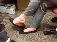 Candid flats shoeplay and soles au bureau