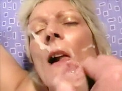 Facial cumshot for a blonde mature cougar