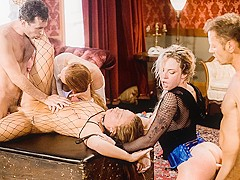 Maddy O'Reilly & Kelly Stafford & Dahlia Sky & Rocco Siffredi & James Deen in Orgy: Oral Worship X H