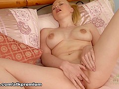 Amazing pornstar in Fabulous Masturbation, Blonde porn movie