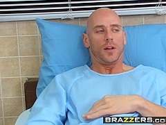Brazzers - Doctor Adventures - Kendall Karson Johnny Sins - Candy Striper Sex Savior