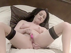 Jennifer white masturbating and toy fucking her tight pussy for you