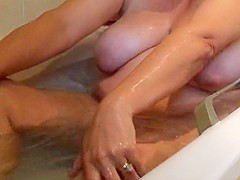 Voyeur spycam unaware milf in the bath