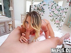 Mofos - Dont Break Me - Cali Carter - Athletic Spinner Deepthroats Cock