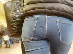 Girl with nice ass in tight jeans