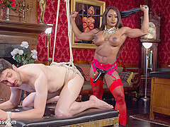 Jay Wimp & Kelli Provocateur in Hot Muscular Domme Annihilates Wimpy Man Servant - DivineBitches
