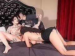 3 beautiful hot girls play with strapon.