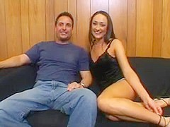 Uk whore visits a house for a quickie - XVIDEOS. COM