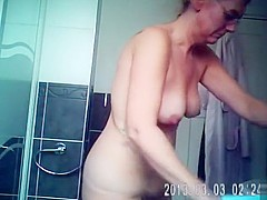 Saggy tits filmed in the bathroom