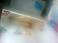 Spying my cousin naked in a bath tub