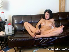Livecam Bianca Gets Dominated By Jay & Sir - KinkyFrenchies