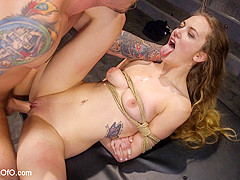 Squirting Slave Girl: Samantha Hayes Day Two - TheTrainingofO