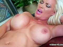 Diamond Foxxx in Blonde Diamond Foxxx Gets Strong Pumping At The Office - Upox