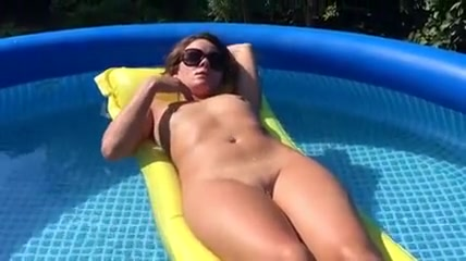 Naked Wife Pool Masturbation