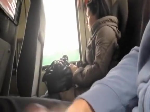 Man flashes and masturbates in the public transportation