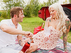 Vyxen Steel in Wild Outdoor Picnic - PegasProductions