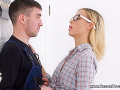 Casual Teen Sex - Ria - Teeny assfucked by a handyman