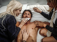 Elsa Jean & Kenzie Reeves & Tommy Gunn & Zoe Clark in When College Girls Attack - DigitalPlayground