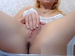 Crystal stunning blonde babe toying pussy with a vibrator