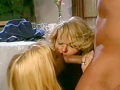 Horny Threesome, Blonde sex video
