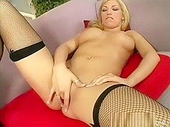 Curvy blonde Cassie Rose gives a good titjob before some brutal sex
