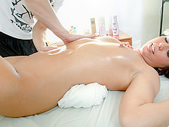 Amanda Video - TrickyMasseur