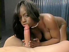 Experienced Jada Fire knows exactly how to deepthroat a python