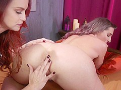 Savannah Fox,Bella Rossi in Hot Bodies Bella Rossi and Savannah Fox Gape, Anal Fuck, and Squirt!! -