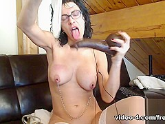 Livecam Cuckholding With Black Dildo And Lots Of Spunk - KinkyFrenchies