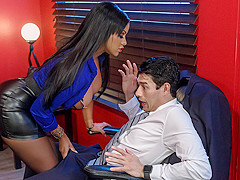 Mary Jean & Xander Corvus in The Headhunter - BrazzersNetwork
