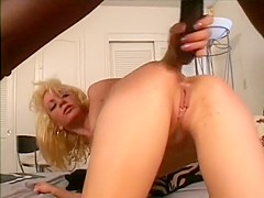 Blonde milf with a superb ass Kelly Jensen is addicted to black cock