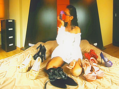 Brunette Teen With An High Heels Fetish - VRPussyVision