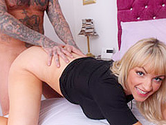 Kane Turner & Sky Blue in Stepsister caught him Redhanded - PureXXXFilms