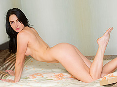 Zelda in Sexy Surprise - Nubiles